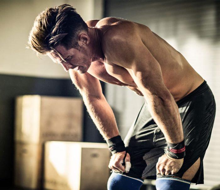 болят мышцы после тренировки