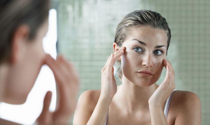 От чего помогает гепариновая мазь Применение средства в косметологии